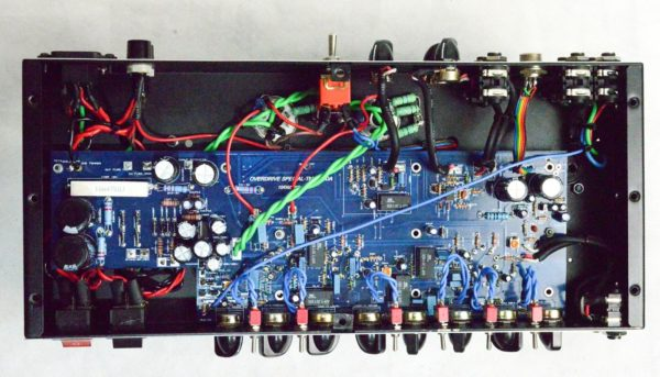 Amplificador valvulado Overdrive Special -